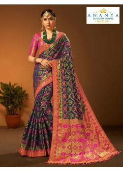 Incredible Dark Blue- Magenta Silk Saree with Magenta Blouse